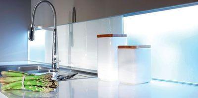 id e credence en verre pour cuisine saint gobain cr dences cuisine. Black Bedroom Furniture Sets. Home Design Ideas