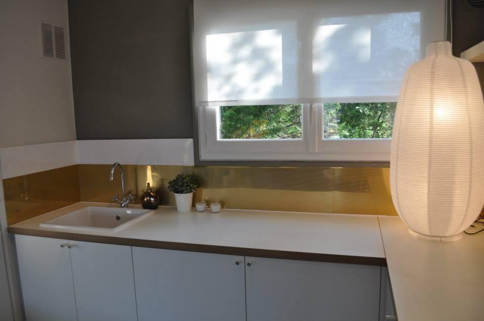 achat credence cuisine maison a vendre cr dences cuisine. Black Bedroom Furniture Sets. Home Design Ideas