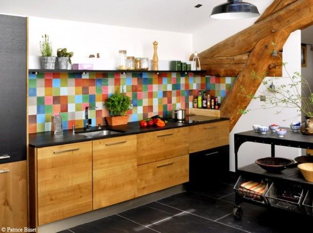 id e credence cuisine multicolore cr dences cuisine. Black Bedroom Furniture Sets. Home Design Ideas