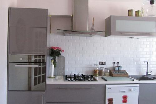 Id e credence pour une cuisine grise cr dences cuisine for Peinture pour credence cuisine