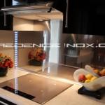 credence cuisine inox miroir