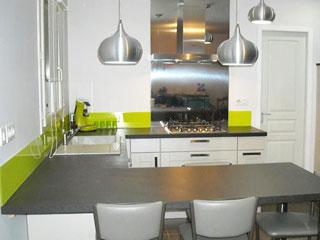 Credence cuisine vert anis resine de protection pour for Protection credence cuisine