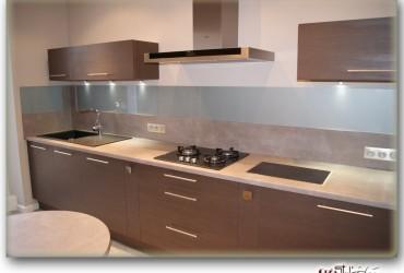 credence pvc cuisine amazing dlicieux plan de travail cuisine noir paillete credence cuisine. Black Bedroom Furniture Sets. Home Design Ideas